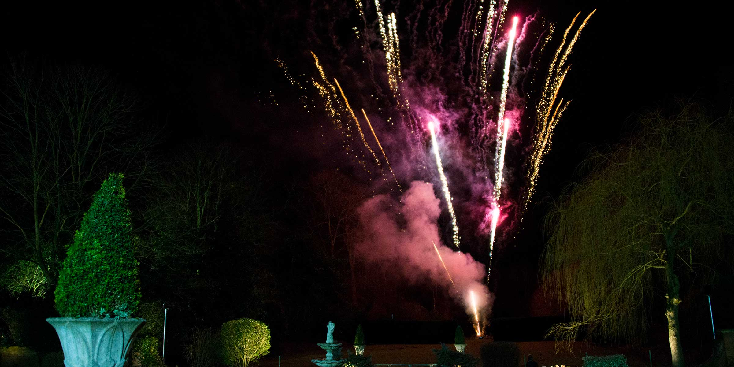 fireworks-at-the-crown-hotel-bawtry